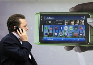 Nokia представит смартфон на базе Windows 8 в начале сентября