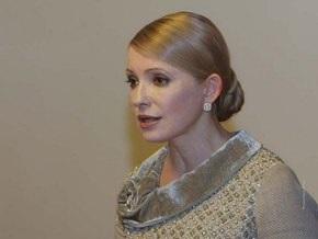 Тимошенко обещает построить богатое европейское будущее для всех национальностей