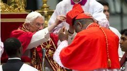 Папа Бенедикт XVI возвел в сан новых кардиналов