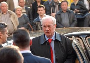 МВД опровергло заявление Томенко о пробках в Киеве во время похода Азарова в кино