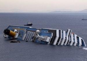 Число жертв кораблекрушения в Италии достигло пяти человек