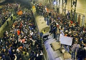 Демонстранты перекрыли центральную площадь Каира из-за столкновений фанатов