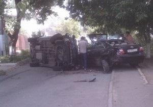 В Одессе пьяный водитель разбил на своем автомобиле пять машин