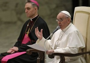 Папа Франциск провел первый обряд канонизации