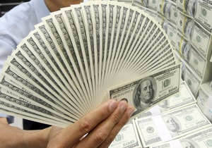НБУ намерен возобновить интервенции на межбанке