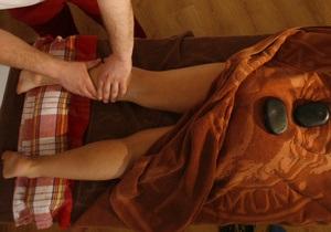 В Харькове мужчина, желавший получить лечебный массаж, разоблачил бордель