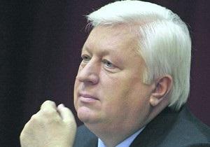 Пшонка попросил выключить телекамеры, когда его спросили о взрыве дома в Днепропетровске