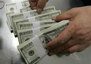 НБУ намерен продать сегодня на межбанке $100 млн
