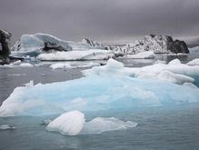 Ученые: Ледники ускоренными темпами сползают в океан