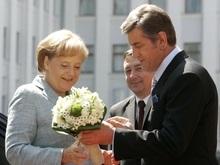 Ъ: Меркель категорически отказалась посещать мемориал жертвам Голодомора