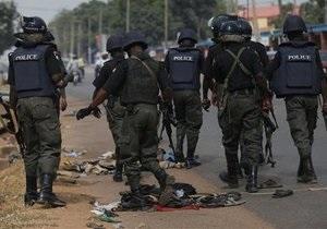 В Нигерии 10 человек погибли в результате взрыва вблизи военного блокпоста