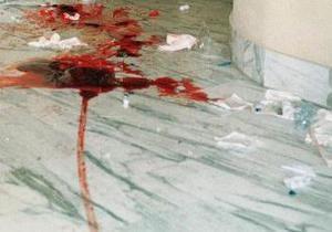 В Исламабаде смертник взорвал себя в банке