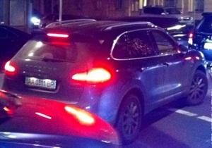 В КПУ считают, что Porsche Cayenne члена фракции Гайдаева - это роскошь