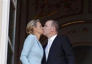 Князь Монако Альбер II и Шарлен Уиттсток официально стали мужем и женой