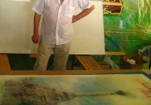На рисунке изображен памятник затонувшим кораблям
