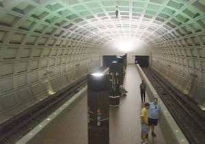 В Вашингтоне станция метро эвакуирована из-за задымления