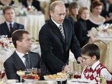 Медведев рассказал о детских мечтах и вкусных конфетах из Кремля