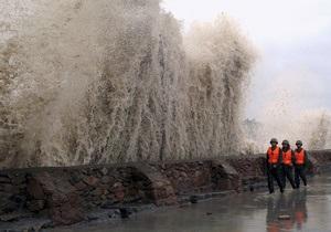 В Японии возросло число жертв тайфуна Талас