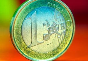 Евро существенно вырос на межбанке