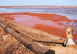 Власти заверили, что красный шлам под Николаевом не представляет угрозу для здоровья людей