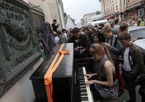 Вернисаж open air в Москве: скорее тест, чем протест