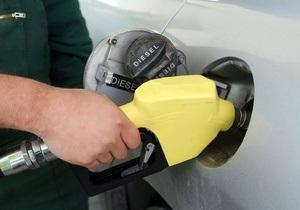Завтра на украинских заправках должен подешеветь бензин