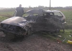 В Ровенской области в ДТП погибли три человека, еще один госпитализирован