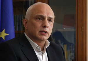 Муж Тимошенко обвинил оппозицию в  сдаче  ключевых голосований в Раде