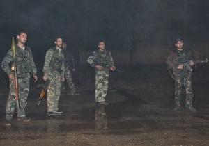 В аэропорту Дамаска повстанцы подбили самолет из Ирана, пострадали командиры КСИР