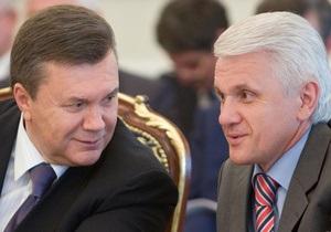Янукович, Азаров и Литвин поздравили военнослужащих с Днем Вооруженных Сил