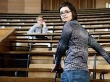 Секс снижает успехи в учебе