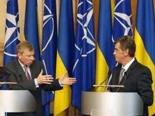 Схеффер: Вступление Украины в НАТО укрепит ее суверенитет
