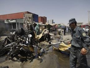 Смертник атаковал колонну в пригороде Кабула: семь человек погибли
