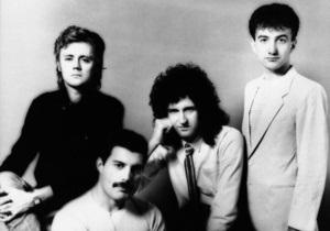 Сегодня мир отмечает 65 лет со дня рождения Меркьюри и 40-летие группы Queen