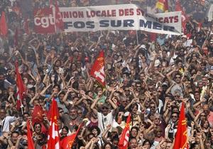 Во Франции проходит вторая общенациональная забастовка против повышения пенсионного возраста