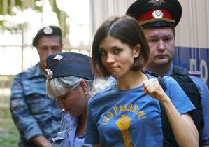 Муж участницы Pussy Riot: Надпись на месте убийства - чудовищная провокация российских властей