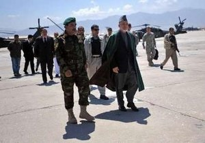 В Афганистане талибы напали на базу ВВС США