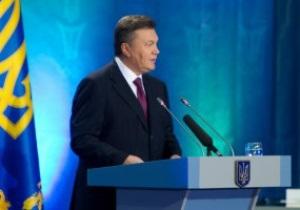 Янукович поздравил украинцев с годовщиной референдума о независимости