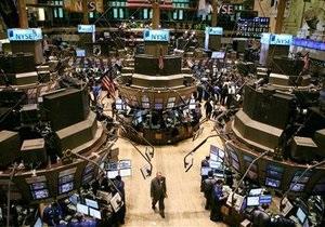 Фондовые индексы США обвалились более чем на 3%