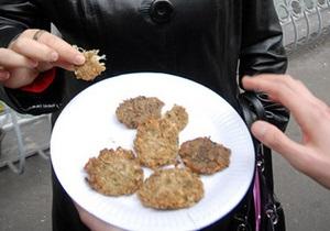 Фотогалерея: Один день '33-го. Что ели украинцы во времена Голодомора