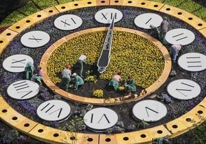 Для цветочных часов в центре Киева выберут новый дизайн