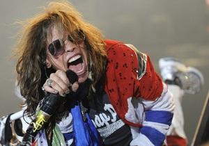 Лидера группы Aerosmith госпитализировали в Парагвае