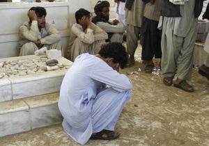В Афганистане смертник взорвался на поминках брата президента