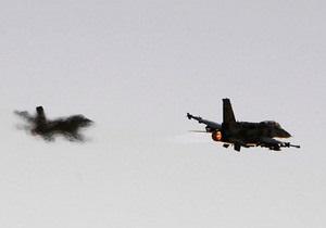 Израильские военные самолеты вторглись в воздушное пространство и полетели в направлении Сирии