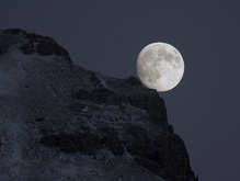Названы самые активные покупатели лунных участков