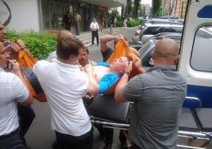 Мельниченко госпитализирован со сломанной рукой - адвокат