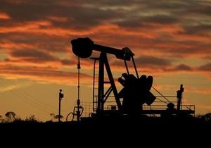 Казахстан продлил запрет на экспорт топлива