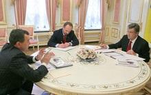 Ющенко решил встречаться с губернаторами по алфавиту