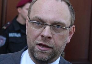 Власенко: В палате Тимошенко и в процедурной установлены видеокамеры