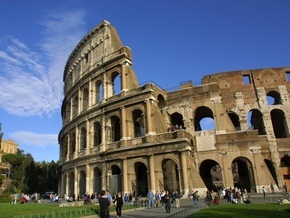 В Риме у украинцев пытались конфисковать микроавтобусы